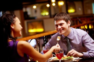 Good Things and Red Flags for the First Date