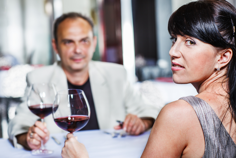 Signs Your Date May Not Be Serious With You